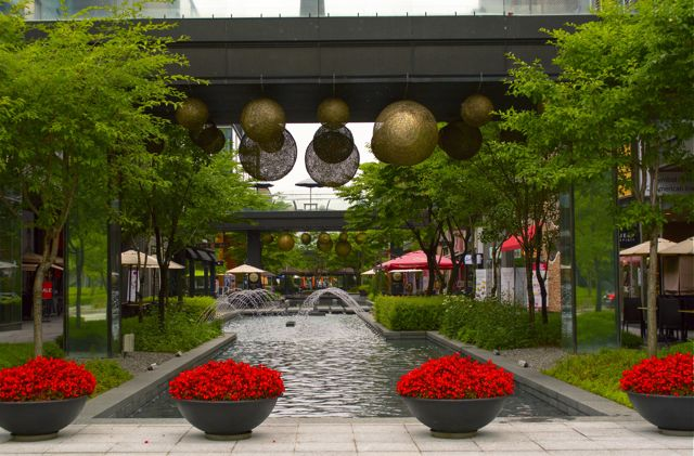 An example of the botanical decoration in the Songdo shopping facilities in Technopark. CHRISTOPHER CAMERON / THE STATESMAN